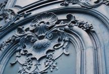 Decor - ornate / Architectural detail - plasterwork