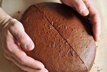 Christians foot ball cake
