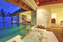 indoor outdoor flow / Creating an aesthetic harmony between indoor and outdoor architecture.
