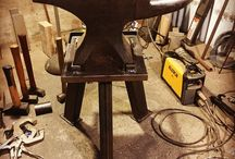Back -stand / Forge