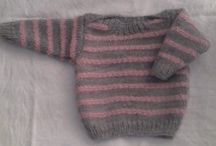 Free Knitted baby sweaters - by Crafts and things by Adele / Cheap & affordable FREE knitting patterns!