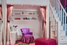 Ariadne's Dream Bedrooms / Lofted beds