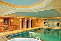 Schwimmbad-innen