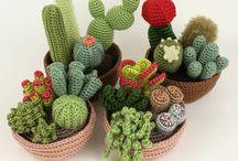 cactus / piccoli cactus all'uncinetto