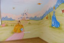 Disney princesses wall mural in girls bedroom / Disney princesses wall mural. Cinderella, Beauty, Snow white