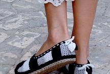 Papuče, sandály / by Lenka Lipovská