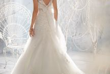Dresses Divine / Beautiful gowns for every occasion