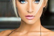 She's A Pretty Blonde