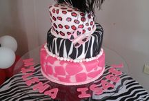 BABY SHOWER FOR EMILY-ANIMAL THEME / by Hailey Barger