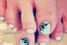 Toe nail designs I like