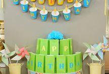 Party Ideas / by Christi Meeks