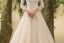 Wedding dresses / Wedding decorations