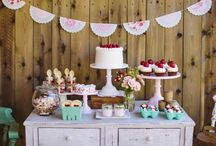PARTY: Strawberry Party / Crafts, printables, recipes, and party decor to help you host an EXTRAORDINARY Strawberry party!