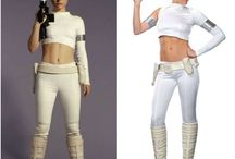 Padme Amidala Costume / Be the queen of Halloween with Star Wars Padmé Amidala  womens costume.Check Out and Buy Padme Amidala costumes for Halloween and other occasions.