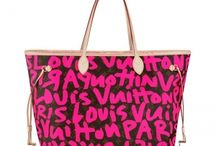 Louis Vuitton Neverfull / Louis vuitton are the most counterfeited brand. The label's LV is the high end luxurious products international fashion icon. we promise to supply the authentic high quality Louis Vuitton products from luxury trunks and leather goods to ready-to-wear, shoes, watches, jewelry, accessories, sunglasses, and books.