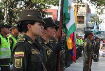 Presidente Juan Manuel Santos entrega 100 nuevos policías a nuestro municipio / El presidente de la República contribuye a la consolidación de la estrategia en seguridad del municipio de Itagüí, ahora aporta 100 nuevos policías a nuestro municipio.