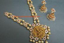 Necklaces / Switzerland