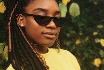 hunnies in sunnies - women / Vintage and modern sunglasses on beautiful women