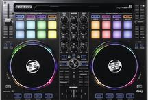 Wedding Playlists / Every wedding has a personality and atmosphere. A Professional Wedding DJ can play music that creates a great party because of skill and knowledge honed in entertaining mixed aged crowds unlike club dj's.