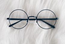 si ocupara lentes
