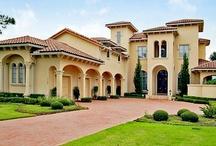 Luxury Living / Photos of dreamy luxury estates