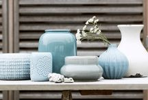 Nordic Blues / Cool Nordic blue hues beautifully balance both the light and warm woods well known in mid-century modern. Our Festival Teal goes so well with icy greys and polar blues.