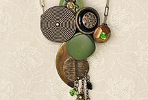 Jewelry: Buttons / by Denise Wootton