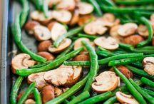 """Cookbook - side dishes - salads, vegetables / Dodatki, czyli warzywa, sałatki, etc... wszystko co do ciepłych mięs czy ryb :)  Zbiór internetowych przepisów, które """"do mnie gadają"""" ;-)"""