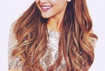Ariana Grande ❤️❤️❤️ / She is an AMAZING singer and so pretty I love her