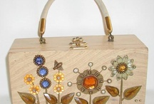 Vintage Handbag LOVE! / A collection of Bee-u-ti-ful vintage handbags and purses! / by thevintagehandbag.com