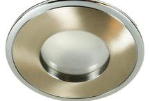 Łazienka / oświetlenie hermetyczne pod prysznic,halogenowe,led oraz dekoracyjne,lampy wiszące i ścienne,oprawki wstropowe,regulowane i stałe,z nierdzewnych materiałów