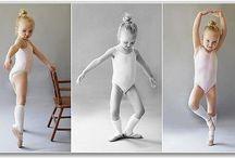 Modelos infantiles para dibujantes y escultores / En este tablero quiero hacer una colección de las imágenes que más me han gustado de bebés, niños y niñas, que por calidad pueden ser útiles para dibujantes y escultores, así como modelistas de reborns y otras muñecas similares