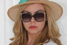 Hats and sunglasses / I'm addicted to hats and sunglasses! Who's with me?!