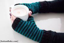 Knitting mittens & gloves