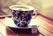 a pot of tea, please / green tea, black tea, white tea, herbs, fruits