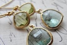 Jewels / by Livia Amarante