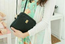 Womens Handbags - 125