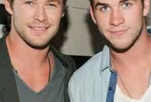 Is there anything better than gentically blessed brothers..? / Brothers, siblings, hot, hemsworth, franco