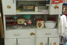 Vintage Kitchen / Some cool antique and retro kitchen items