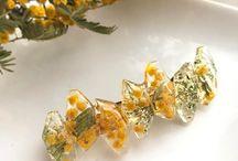 Favorite Flower Accessories