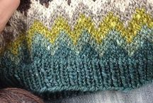 circular hat pattern with different colors