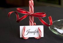 Candy Cane name label for Christmas table. / What a great way to set your table for Christmas Day. It is an amazing decretive idea that can be used in many different ways.