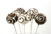 Galletitas y Cake Pops / by Leticia Maneiro