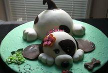 cakes / by Laura Hauke Verdugo