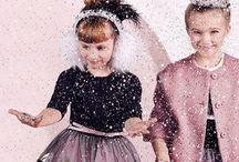 Новогодний look для принцессы: Monnalisa и Choupette / Самый волшебный праздник года уже совсем близко, а значит пришла пора юным модницам выбирать наряды для утренников и вечеринок! Шик, блеск, красота в Lapin House: Monnalisa и Choupette. Встречайте нарядные платья для девочек всех возрастов!