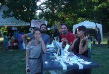 Festa Multiculturale 28 giugno 2013 / Parrapioggia a tracolla, tartarughe impermeabili e Michele indaffarato