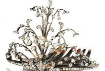 * Crowns * Tiaras *