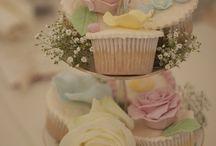 Vintage weddings / I'm ale married but I still love weddings :) / by Tyler Cotten