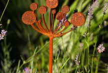 Metal Garden Art and Structure / Metal art sculptures and structures for gardens