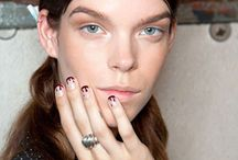Noteworthy Nails / by Jen Mieler